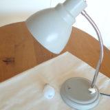 色を扱うときの照明を電球色から昼白色に替える