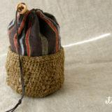 かぎ針編みと和布であめ玉袋
