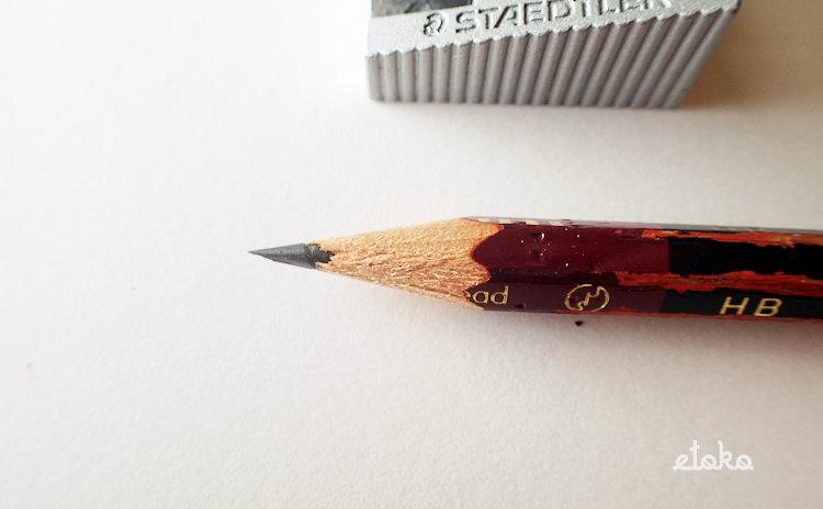 ステッドラー2穴シャープナーで削った鉛筆の芯先