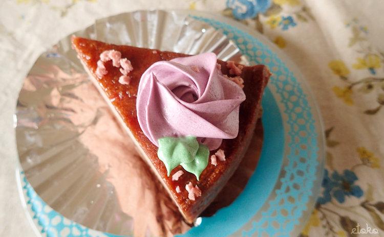 モイッカ(つくば市)のローズバターケーキ